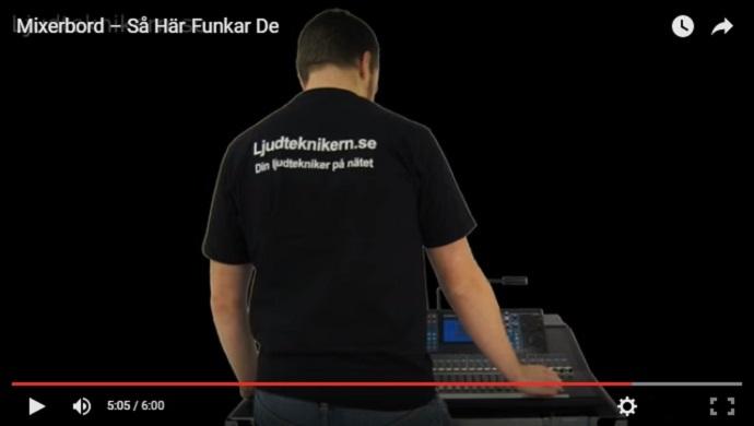 Ljudteknikern vid sitt mixerbord