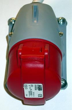 Ellära: ett trefasuttag på 16 ampere.